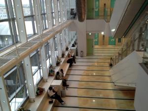アクタ西宮西館3階オープンスペース(SOS団in西宮の会場)