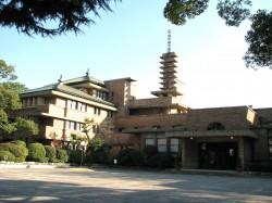 武庫川女子大甲子園会館