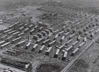 昭和30年代の浜甲子園団地。米軍キャンプ地の跡地に鉄筋コンクリートのアパートができた。