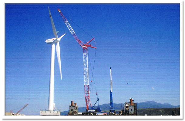SEP船で洋上風力の風車取り付け