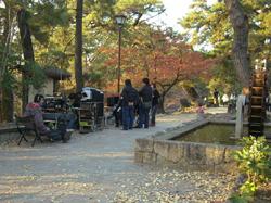 これが監督の座る撮影基地です