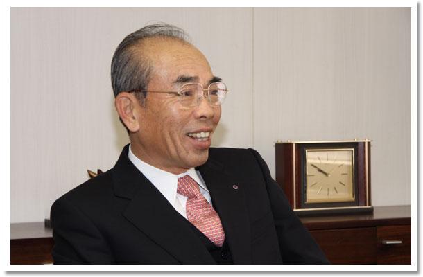代表取締役  古澤伸介