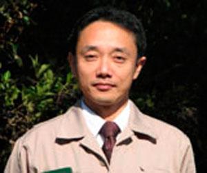 1968年1月大阪市生まれ。 桜研究家(桜属の特に栽培品種の形態と分類)・ひょうごガーデンマイスターとして活動