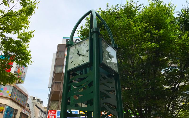 西宮北口駅前 涼宮ハルヒの聖地 ハルヒ時計