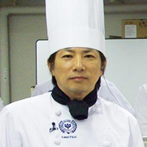 大手前大学 総合文化学部 スイーツ学専攻教授の 松井まつい 博司 先生