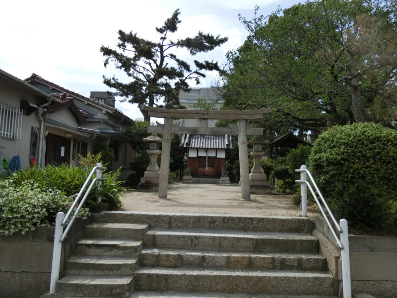 東鳴尾皇太神社