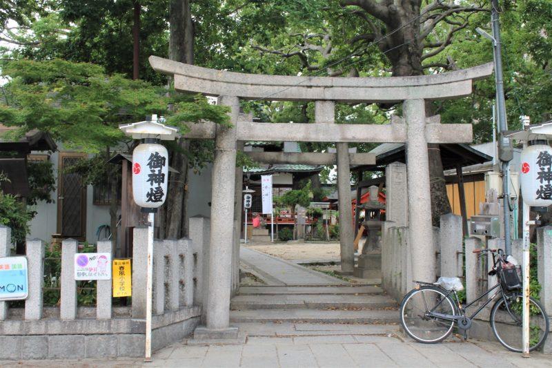 甲子園八幡神社