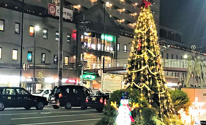 夙川駅前のクリスマスツリー